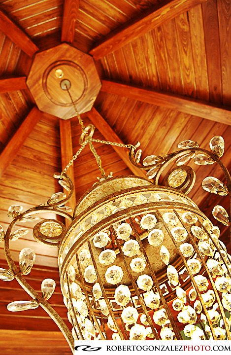 Chandelier detail, Photo by Roberto Gonzalez