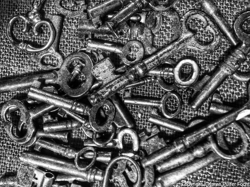 Keys in abstract pattern, black and white.<br /> <br /> <br /> <br /> ALL RIGHTS RESERVED NOT FOR USE WITHOUT PERMISSION OF PHOTOGRAPHER KAREN PULFER FOCHT