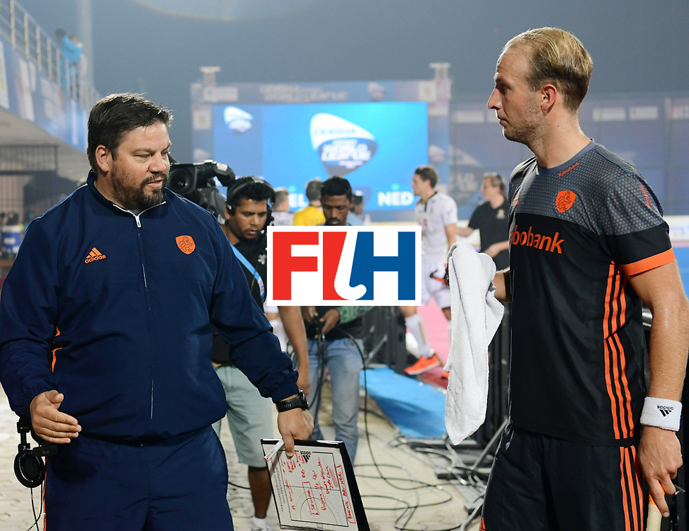 Odisha Men's Hockey World League Final Bhubaneswar 2017<br /> Match id:12<br /> Belgium v Netherlands<br /> Foto: bondscoach Max Caldas (Ned) and Billy Bakker (Ned) <br /> COPYRIGHT WORLDSPORTPICS FRANK UIJLENBROEK