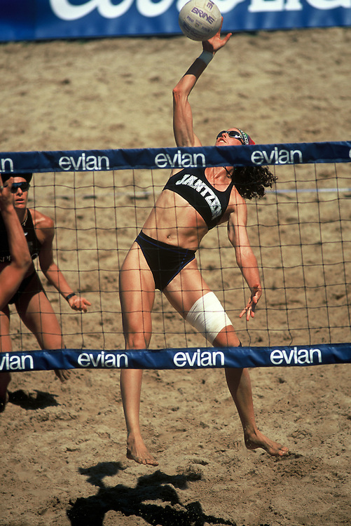 AVP/WPVA Professional Beach Volleyball/Womans Professional Volleyball - Manhattan Beach - 1998 - Nancy Reno -  Photo by Wally Nell/Volleyball Magazine
