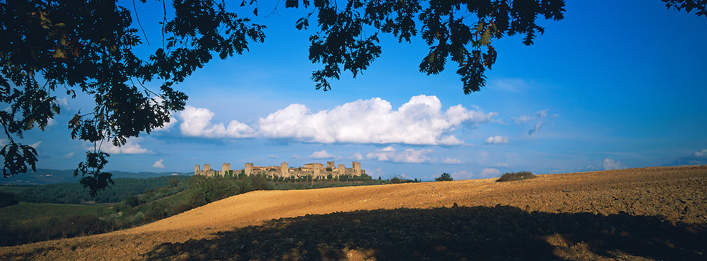 Italie, Toscane, Province de Sienne, Village de Monterregioni // Italy, Tuscany, Sienna province, Monterregioni village