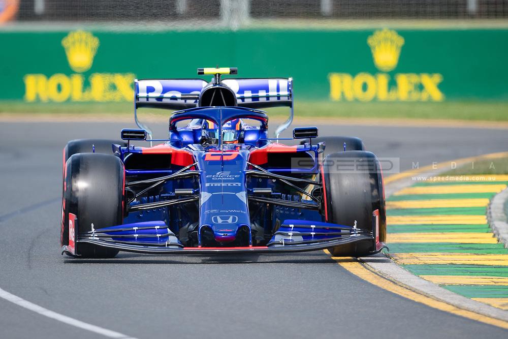 ALBERT PARK, VIC - MARCH 15: Red Bull Toro Rosso Honda driver Alexander Albon (23) at The Australian Formula One Grand Prix on March 15, 2019, at The Melbourne Grand Prix Circuit in Albert Park, Australia. (Photo by Speed Media/Icon Sportswire)