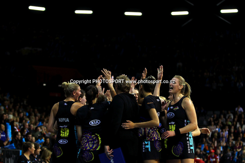 The Magic with their team huddle. ANZ Netball Championship, Minor Semifinal, Waikato/Bay of Plenty Magic v Queensland Firebirds, Claudelands Arena, Hamilton, New Zealand. Sunday 30th June 2013. Photo: Anthony Au-Yeung / photosport.co.nz