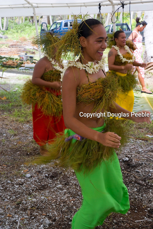 Polynesian dancers, Fakarava, Tuamotu Islands, French Polynesia, (Editorial use only)<br />