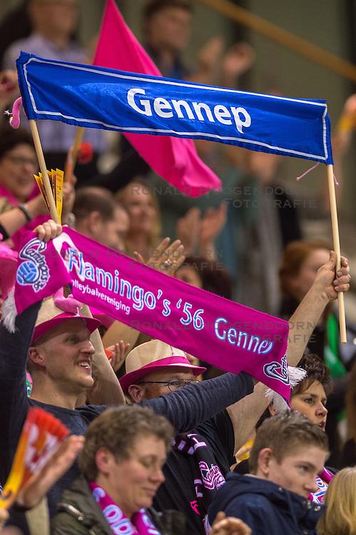 20-02-2016 NED: Springendal Set Up 65 - Flamingo 56, Almere Set Up plaatst zich voor de finale door Flamingos met 3-1 te verslaan / Support Publiek Flamingo jeugd