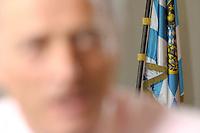 2008, BERLIN/GERMANY:<br /> Bayern Flagge im Hintergrund von Dr. Peter Ramsauer, MdB, CSU, Vorsitzender der CSU-Landesgruppe der CDU/CSU-Bundestagsfraktion, waehrend einem Interview, in seinem Buero, Jakob-Kaiser-Haus, Deutscher Bundestag<br /> IMAGE: 20080220-01-004