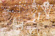 USA, Thompson Springs (UT).Sego Canyon Pictographs (Fremont Culture - 600/1250 AD) and century-old graffiti