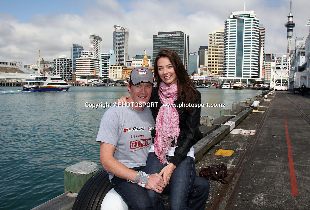 New Zealand Motorsport legend Scott Dixon and his wife Emma Dixon during a photo call at the Hilton Hotel after signing a sponsorship deal with Repco and Canteen. Auckland, Tuesday 24 September 2008. Photo: Andrew Cornaga/PHOTOSPORT