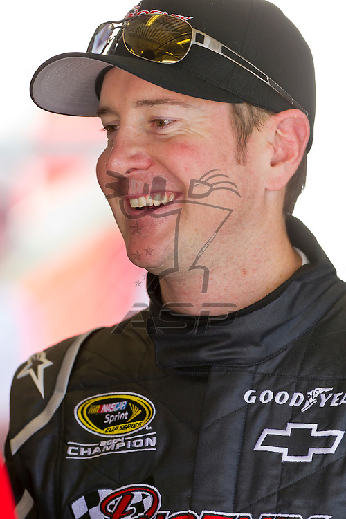 12 January, 2012:   Kurt Busch (51) shares some smiles with his crew and fans during open testing for the NASCAR Sprint Cup Series at the Daytona International Speedway in Daytona Beach, FL.