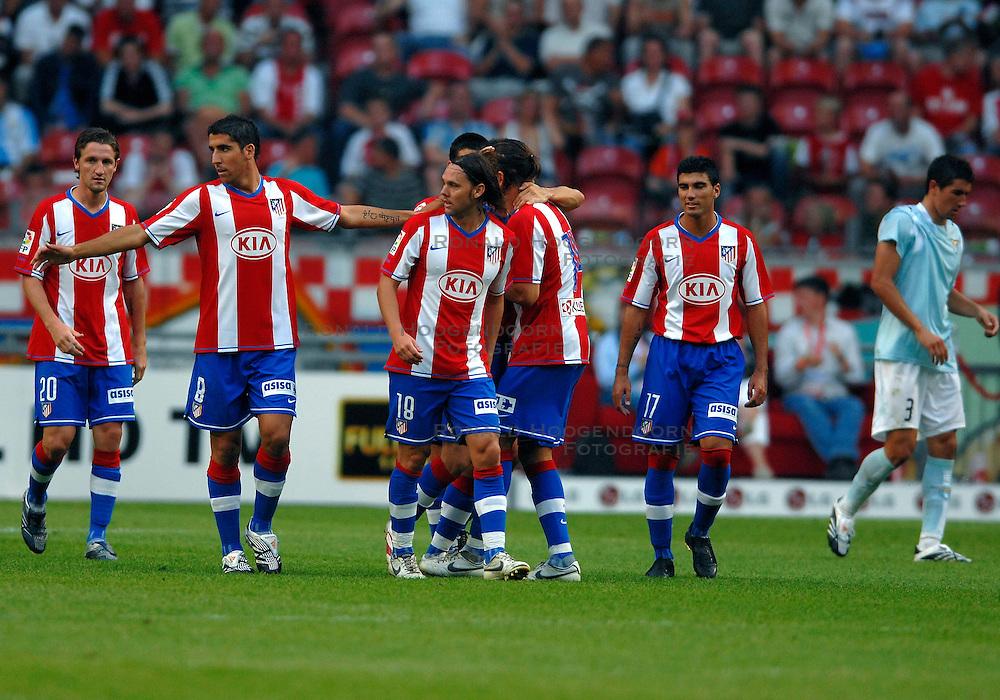 04-08-2007 VOETBAL: LG AMSTERDAM TOURNAMENT: LAZIO - ATLETICO MADRID: AMSTERDAM<br /> Lazio verliest met 3-1 van Madrid / Luis Garcia (9) maakt het 2de doelpunt voor Atletico<br /> &copy;2007-WWW.FOTOHOOGENDOORN.NL
