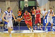 DESCRIZIONE : Desio Eurolega 2011-12 Bennet Cantu Olympiacos Piraeus<br /> GIOCATORE : Kyle Hines<br /> CATEGORIA : contropiede palleggio<br /> SQUADRA : Olympiacos Piraeus<br /> EVENTO : Eurolega 2011-2012<br /> GARA : Bennet Cantu Olympiacos Piraeus<br /> DATA : 09/11/2011<br /> SPORT : Pallacanestro <br /> AUTORE : Agenzia Ciamillo-Castoria/GiulioCiamillo<br /> Galleria : Eurolega 2011-2012<br /> Fotonotizia : Desio Eurolega 2011-12 Bennet Cantu Olympiacos Piraeus<br /> Predefinita :