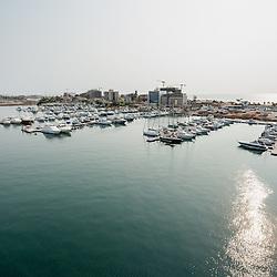 Vista aérea da cidade Luanda, capital de Angola. Ilha de Luanda.