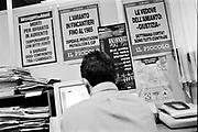 Monfalcone, mar/apr 2005. Morire di amianto. Il calvario di ex operai dei cantieri navali e le loro famiglie. AEA, Associazione esposti amianto.