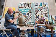 Raito, Italia - Lucio Liguori, ceramista, fotografato nel suo studio a Raito in costiera amalfitana.<br /> Ph. Roberto Salomone