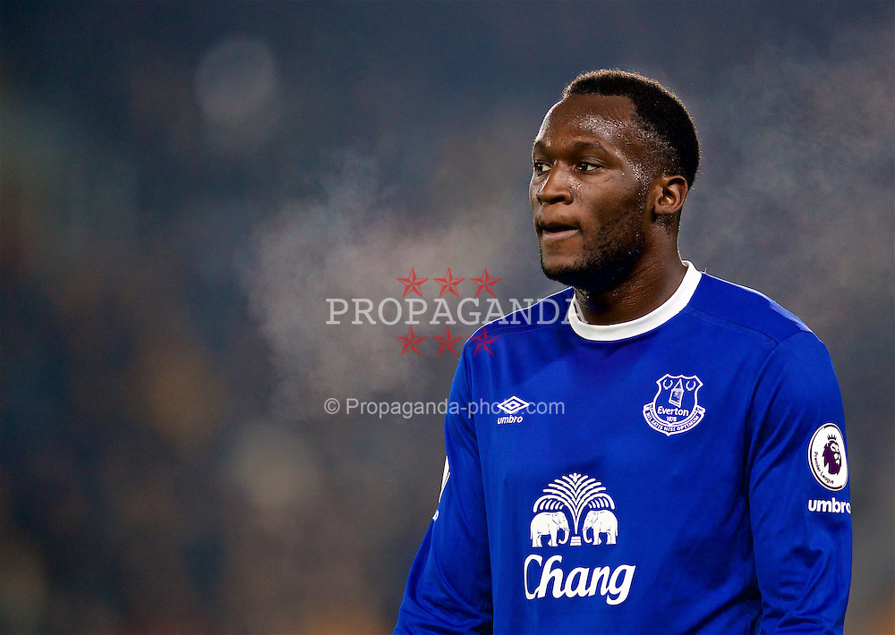 KINGSTON-UPON-HULL, ENGLAND - Friday, December 30, 2016: Everton's Romelu Lukaku in action against Hull City during the FA Premier League match at the KCOM Stadium. (Pic by David Rawcliffe/Propaganda)