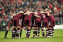 Munich, Germany - Wednesday, March 7, 2007:  Bayern Munich players form a group huddle before facing Real Madrid during the UEFA Champions League First Knock-out Round 2nd Leg at the Allianz Arena. (Pic by Christian Kolb/Propaganda/Hochzwei) +++UK SALES ONLY+++