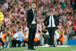 30.05.2015, Camp Nou, Barcelona, ESP, Copa del Rey, Athletic Club Bilbao vs FC Barcelona, Finale, im Bild Athletic de Bilbao's coach Ernesto Valverde (r) and FC Barcelona's coach Luis Enrique Martinez // during the final match of spanish king's cup between Athletic Club Bilbao and Barcelona FC at Camp Nou in Barcelona, Spain on 2015/05/30. EXPA Pictures © 2015, PhotoCredit: EXPA/ Alterphotos/ Acero<br /> <br /> *****ATTENTION - OUT of ESP, SUI*****