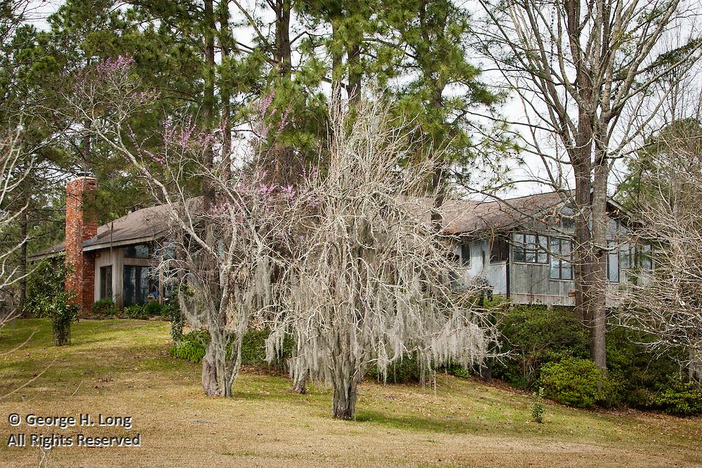 The home of Ed and Jacque Caplan on Kincaid Lake near Boyce, Louisiana on March 5, 2005