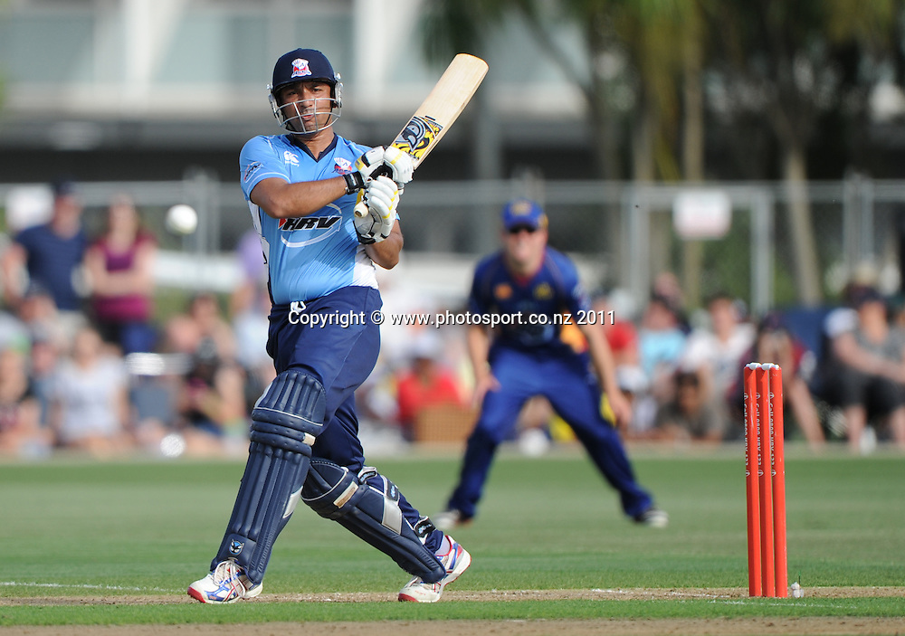 Auckland batsman Azhar Mahmood in action during the HRV Twenty20 Cricket match between the Auckland Aces and Otago Volts at Colin Maiden Oval in Auckland, New Zealand on Friday 6 January 2012. Photo: Andrew Cornaga/Photosport.co.nz