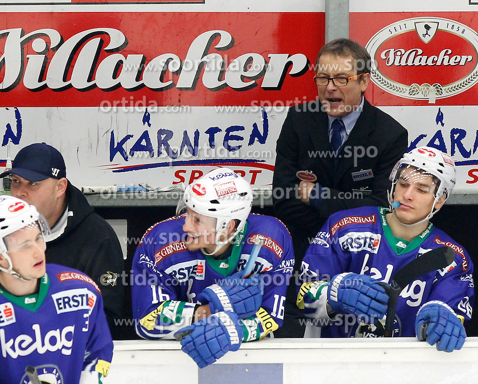 18.01.2015, Stadthalle, Villach, AUT, EBEL, EC VSV vs EC KAC, 40. Runde, im Bild Hannu Jaervenpaeae (VSV Trainer) // during the Erste Bank Icehockey League 40th round match between EC VSV vs EC KAC at the City Hall in Villach, Austria on 2015/01/18, EXPA Pictures © 2015, PhotoCredit: EXPA/ Oskar Hoeher