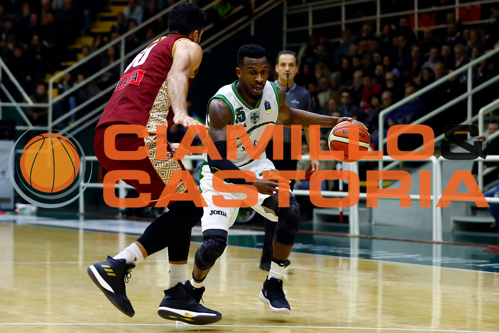 Jason Rich<br /> Sidigas Scandone Avellino - Umana Reyer Venezia<br /> Lega Basket Serie A 2017/2018<br /> Avellino, 02/12/2017<br /> Foto Alfredo De Lise / Ciamillo - Castoria