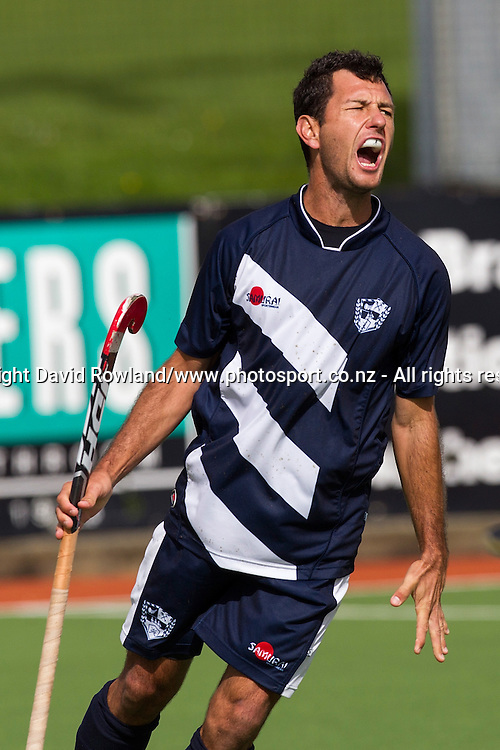 Auckland`s Jamie Dwyer reacts to a missed goal opportunity in the Auckland v Midlands Men`s Final match, Ford National Hockey League, North Harbour Hockey Stadium, Auckland, New Zealand,Sunday, September 14, 2014. Photo: David Rowland/Photosport