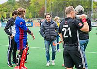 BLOEMENDAAL -  coach Jan John van 't Land (Adam)  na  Hoofdklasse hockey Bloemendaal-Amsterdam (4-2) . COPYRIGHT KOEN SUYK