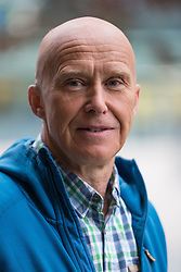 © Licensed to London News Pictures . 04/10/2015 . Manchester , UK . ALAN HINKES OBE outside the BBC at Media City , Salford . Photo credit: Joel Goodman/LNP