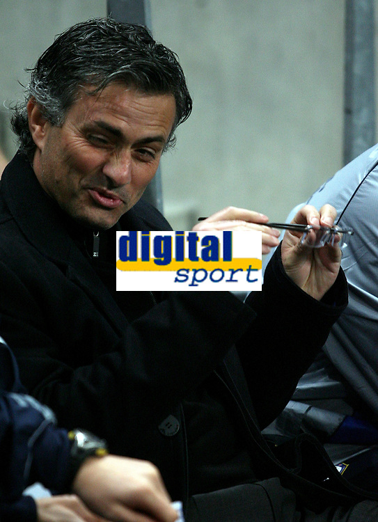 Photo: Paul Thomas.<br /> Manchester City v Chelsea. The Barclays Premiership. 14/03/2007.<br /> <br /> Jose Mourinho, Chelsea manager.