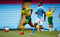 Football - 2019 / 2020 Premier League - Manchester City vs Norwich City<br /> <br /> Onel Hernandez of Norwich City and Gabriel Jesus of Manchester City at the Etihad Stadium.<br /> <br /> COLORSPORT/LYNNE CAMERON