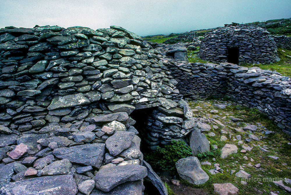Dingle peninsula: Fahan prehistoric village near Slea Head