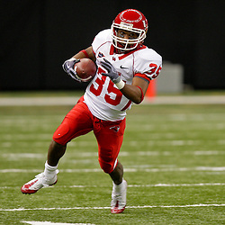 Oct 17, 2009; New Orleans, LA, USA; Houston Cougars wide receiver Tyron Carrier (35) runs with the ball during a game against the Tulane Green Wave at the Louisiana Superdome. Houston defeated Tulane 44-16.   Mandatory Credit: Derick E. Hingle-US PRESSWIRE