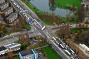 Nederland, Limburg, Maastricht, 15-11-2010;.President Rooseveltlaan (A2) in Maastricht met de kruising met de Viaductweg..Roadway (A2) in Maastricht..luchtfoto (toeslag), aerial photo (additional fee required).foto/photo Siebe Swart