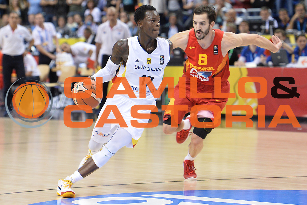 DESCRIZIONE : Berlino Berlin Eurobasket 2015 Group B Germany Spain<br /> GIOCATORE :  Dennis Schroder<br /> CATEGORIA :Palleggio<br /> SQUADRA :Germany <br /> EVENTO : Eurobasket 2015 Group B <br /> GARA : Germany Spain<br /> DATA : 10/09/2015 <br /> SPORT : Pallacanestro <br /> AUTORE : Agenzia Ciamillo-Castoria/I.Mancini <br /> Galleria : Eurobasket 2015 <br /> Fotonotizia : Berlino Berlin Eurobasket 2015 Group B Germany Spain