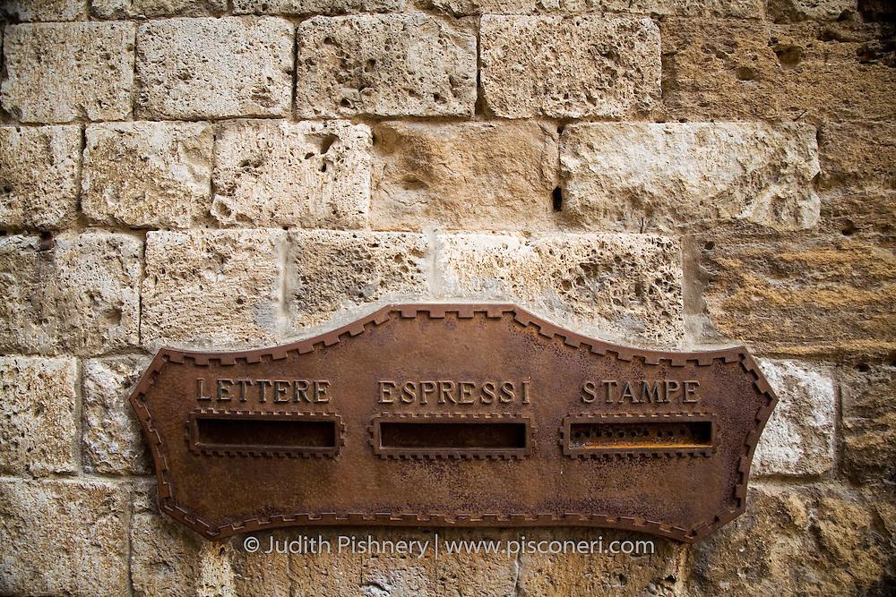 Lettere, Espressi, Stampe . San Gigminiano, Italy