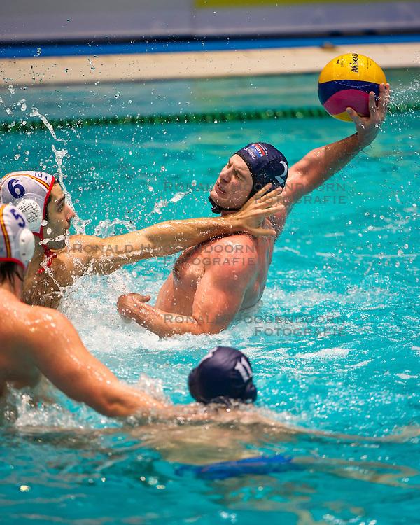 27-01-2012 WATERPOLO: EC NETHERLANDS - SPAIN: EINDHOVEN<br /> European Championships Netherlands - Spain / (L-R) Marc Minguell ESP, Matthijs de Bruijn<br /> (c)2012-FotoHoogendoorn.nl / Peter Schalk