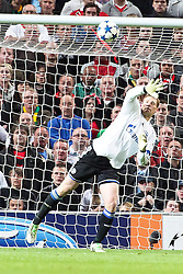 04.05.2011, Old Trafford, Manchester, ENG, UEFA CL, Halbfinale Rueckspiel, Manchester United (ENG) vs Schalke 04 (GER), im Bild:  Parade Manuel Neuer (Schalke #1)  // during the UEFA CL, Semi Final second leg, Manchester United (ENG) vs Schalke 04 (GER), at the Old Trafford, Manchester, 04/05/2011 EXPA Pictures © 2011, PhotoCredit: EXPA/ nph/  Mueller *** Local Caption ***       ****** out of GER / SWE / CRO  / BEL ******