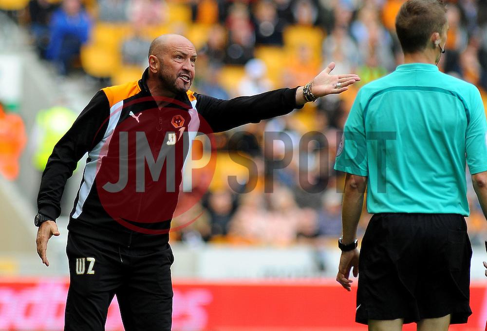 Wolverhampton Wanderers manager Walter Zenga expresses his frustration to linesman Timothy Wood - Mandatory by-line: Nizaam Jones/JMP - 24/09/2016/ - FOOTBALL - Molineux - Wolverhampton, England - Wolverhampton Wanderers v Brentford - Sky Bet Championship