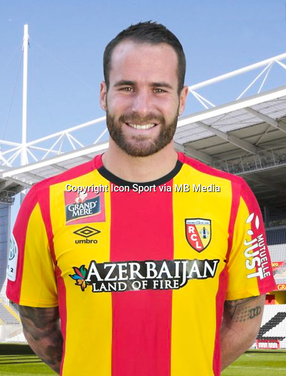 Anthony SCARAMOZZINO - 30.10.2015 - Portrait Officiel - Lens<br /> Photo : RC Lens / Icon Sport