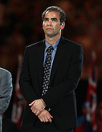 Australian Open 2014, Melbourne Park,ITF Grand Slam Tennis Tournament, Ex Champion Pete Sampras (USA) waehrend der Siegerehrung,<br /> Praesentation,Halbkoerper,Hochformat,