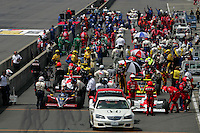 Starting grid at the Twin Ring Motegi, Japan Indy 300, April 30, 2005