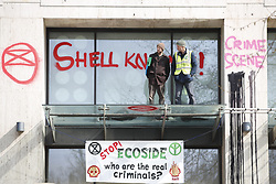 © Licensed to London News Pictures. 15/04/2019. London, UK. Extinction Rebellion protestors are occupying part of Shell Headquarters as protests take hold throughout London and other UK cities to highlight global climate change. Photo credit: Peter Macdiarmid/LNP