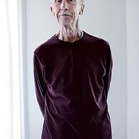 Nederland, Amsterdam , 23 april 2014.<br /> De 87 jarige Peter Prins, Amsterdammer van de dag, al 25 jaar buddy. Hij krijgt een onderscheiding.<br /> Foto:Jean-Pierre Jans