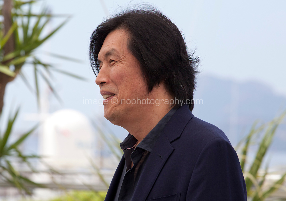 Director Chang-dong Lee at the Burning film photo call at the 71st Cannes Film Festival, Thursday 17th May 2018, Cannes, France. Photo credit: Doreen Kennedy