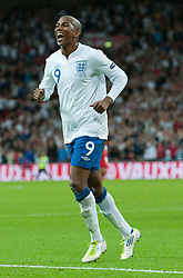 06.09.2011, Wembley Stadium, London, GBR, UEFA EURO 2012, Qualifikation, England vs Wales, im Bild England's Ashley Young celebrates scoring his teams first goal during the UEFA Euro 2012 Qualifying Group G match against Wales at Wembley Stadium on 6/9/2011. EXPA Pictures © 2011, PhotoCredit: EXPA/ Propaganda Photo/ Gareth Davies +++++ ATTENTION - OUT OF ENGLAND/GBR+++++
