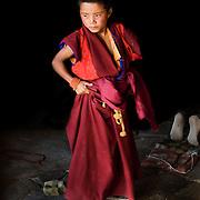 2011 08 11Lhasa Tibet<br /> Liten Buddsith munk<br /> <br /> ----<br /> FOTO : JOACHIM NYWALL KOD 0708840825_1<br /> COPYRIGHT JOACHIM NYWALL<br /> <br /> ***BETALBILD***<br /> Redovisas till <br /> NYWALL MEDIA AB<br /> Strandgatan 30<br /> 461 31 Trollh&auml;ttan<br /> Prislista enl BLF , om inget annat avtalas.