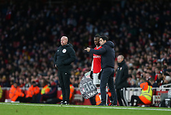 Eddie Nketiah prepares to come on - Mandatory by-line: Arron Gent/JMP - 18/01/2020 - FOOTBALL - Emirates Stadium - London, England - Arsenal v Sheffield United - Premier League