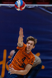 13-04-2019 NED: Achterhoek Orion - Draisma Dynamo, Doetinchem<br /> Orion win the fourth set and play the final round against Lycurgus. Dynamo won 2-3 / Joris Marcelis #4 of Orion