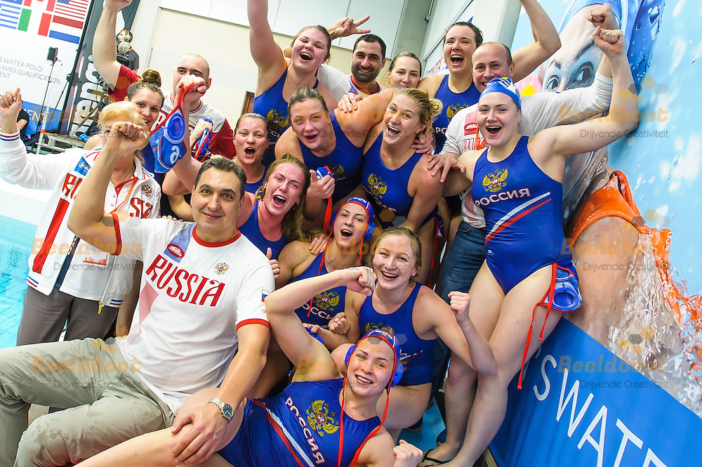 26-03-2016: Waterpolo: Griekenland v Rusland: Gouda<br /> <br /> Team Russia<br /> <br /> Waterpolowedstrijd tussen dames team Griekenland en team Rusland tijdens het Olympisch Kwalificatie toernooi (OKT) in het Groenhovenbad in Gouda<br /> <br /> Waterpolo match between ladies of team Greece and team Russia during the Olympic Qualification Tournament  (OQT) at Groenhovenbad in Gouda<br /> <br /> Foto: Gertjan Kooij