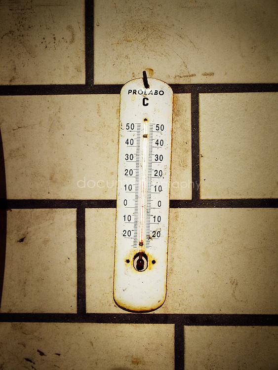 Le thermometre de la cave, Domaine de La Courtade, Porquerolles